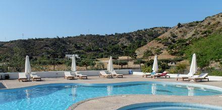 Allas. Hotelli Mediterranean Beach, Karpathos.