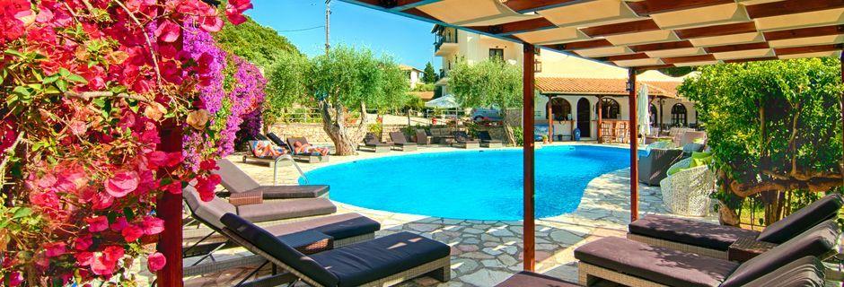 Allas, Hotelli Mega Ammos, Sivota, Kreikka.