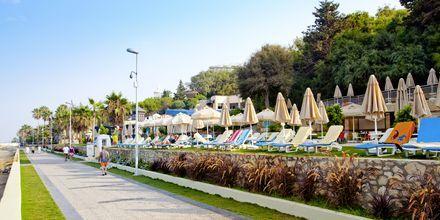 Rantakatu. Hotelli Melas Resort, Side, Turkki.