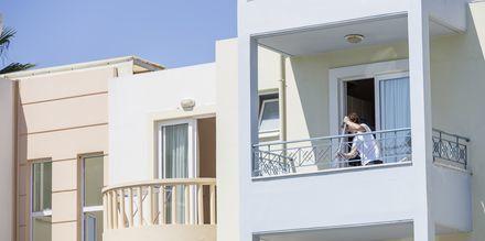 Hotelli Melina Beach, Platanias, Kreeta, Kreikka.