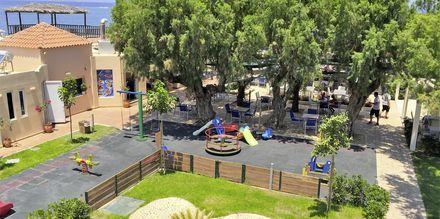 Leikkipaikka. Hotelli Melina Beach, Platanias, Kreeta, Kreikka.