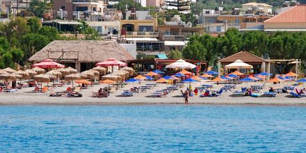Läheinen ranta. Hotelli Melina Beach, Platanias, Kreeta, Kreikka.