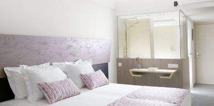Kahden hengen huone, Hotelli Melrose, Rethymnonin kaupunki, Kreeta.
