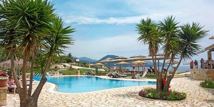 Allasalue, hotelli Mikros Paradisos, Sivota.