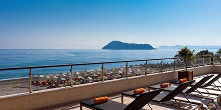 Minoa Palace Resort & Spa - Aurinkoterassi