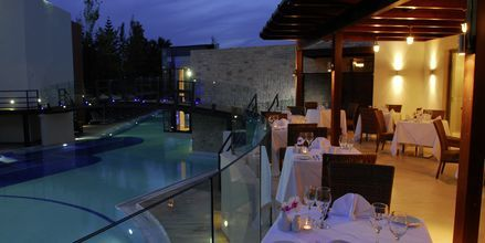 Ravintola Veranda, Hotelli Minos Mare Royal, Rethymnonin rannikko, Kreeta.
