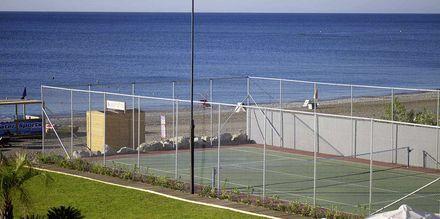 Tennis. Hotelli Mitsis Alila Resort & Spa, Rodos, Kreikka.