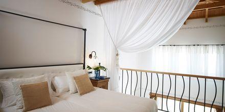 Kaksikerroksinen perhehuone, Hotelli Mitsis Blue Domes Resort & Spa, Kos, Kreikka.