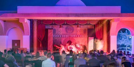 Viihdettä, Hotelli Mitsis Blue Domes Resort & Spa, Kos, Kreikka.