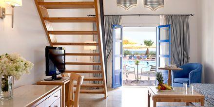 Kaksikerroksinen perhehuone, Hotelli Mitsis Norida Beach Hotel, Kos, Kreikka.
