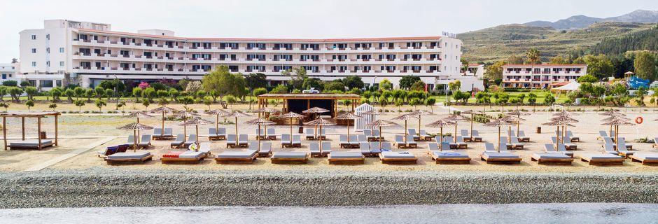 Läheinen ranta. Hotelli Mitsis Ramira Beach Hotel, Psalidi, Kos.
