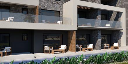 Havainnekuva jaetuista altaista. Hotelli Myrion Beach Resort, Gerani, Kreeta, Kreikka.