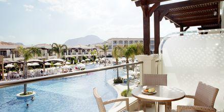 Näkymä yhdestä kaksiosta. Hotelli Mythos Beach Resort, Afandou, Rodos.