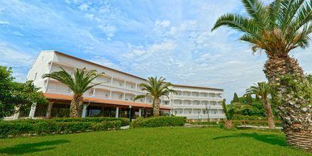 Hotelli Livadi Nafsika, Dassia, Korfu, Kreikka.