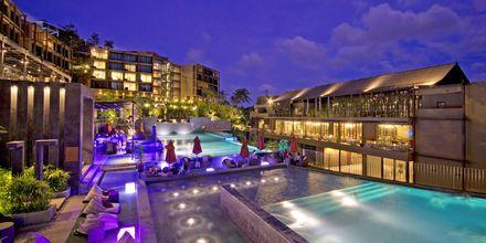 Allasalue hotellilla Sunsuri Beach.