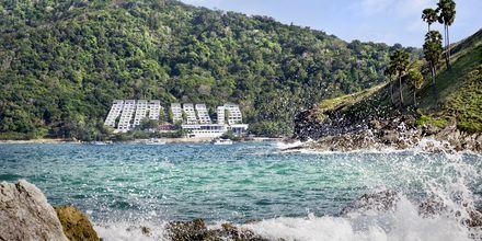 Nai Harn Beach on yksi Phuketin hienoimpia rantoja ja se sijaitsee etelässä.