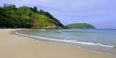 Nai Harn Beach. Phuket, Thaimaa.
