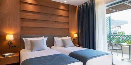 Suurehko perhehuone, Hotelli Nana Golden Beach, Hersonissos, Kreeta, Kreikka.