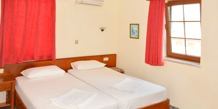 Kahden hengen huone, hotelli Nar Pension. Side, Turkki.