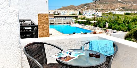 Kahden hengen huone, Hotelli Naxos Holidays, Naxos, Kreikka.