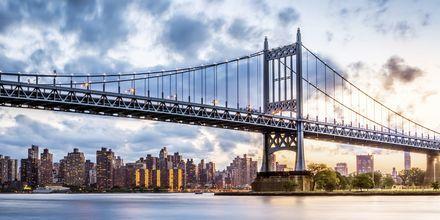 Manhattanin kaupunginosa jaetaan Uptowniin, Midtowniin ja Downtowniin.