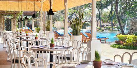 Ravintola Luna, hotelli Nikko Bali Benoa Beach. Tanjung Benoa, Bali.