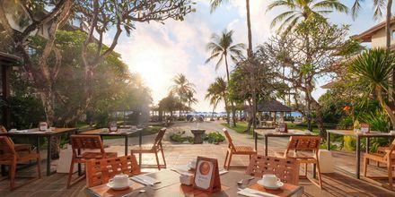 Ravintola Grand Benoa, hotelli Nikko Bali Benoa Beach. Tanjung Benoa, Bali.
