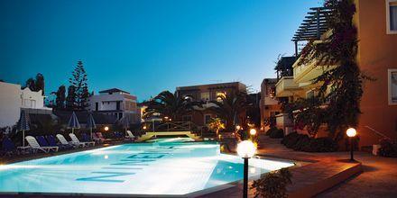 Hotelli Ninemia Beach, Agia Marina, Kreeta.