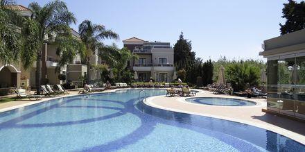 Uima-allas, Okeanis Golden Resort, Kreeta, Kreikka.