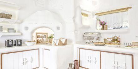Aamiaistarjoilu, hotelli Orkos Beach, Naxos.