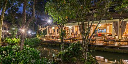 Ravintola Dalah, hotelli Pakasai Resort. Ao Nang, Thaimaa.