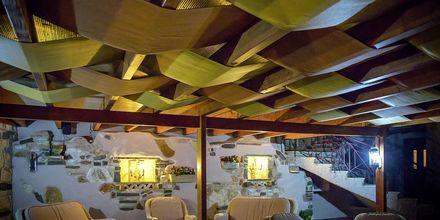 Ravintola, hotelli Panorama. Parga, Kreikka.