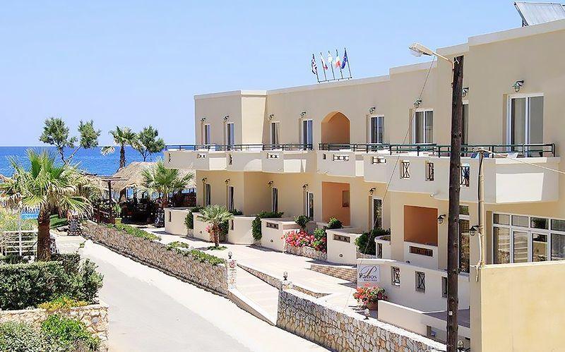Hotelli Panos Beach. Platanias, Kreeta, Kreikka.