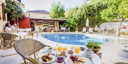 Hotelli Paradise. Parga, Kreikka.