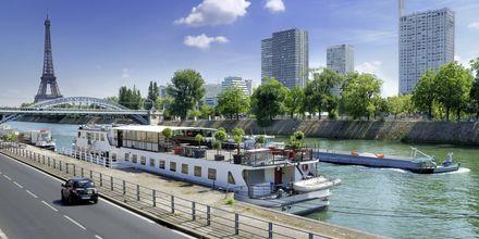 Veneretki Seinellä, Pariisissa.