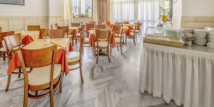 Aamiaishuone. Hotelli Paritsa, Kosin kaupunki, Kreikka.