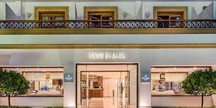 Hotelli Mitsis Petit Palais Beach Hotel, Rodoksen kaupunki, Kreikka.