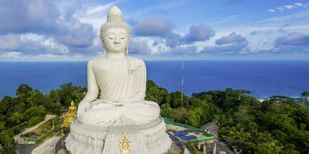 Big Buddha on tunnettu nähtävyys Phuketissa.