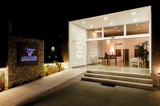 Hotelli Platanias Ariston, Platanias, Kreeta
