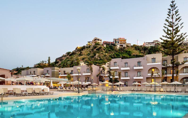 Allasalue, Hotelli Porto Platanias Villas, Kreta.