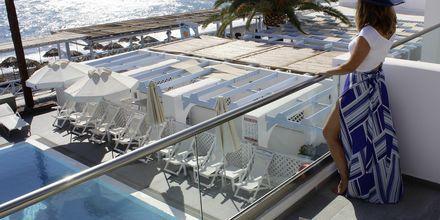 Näkymä. Hotelli Poseidon Beach, Kamari, Santorini.