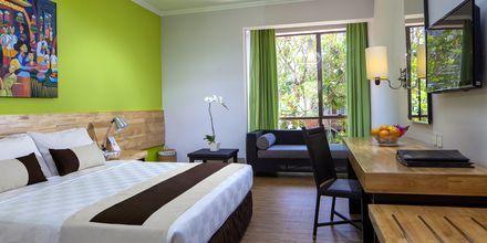 Kahden hengen huone, Hotelli Prime Plaza Sanur, Bali.