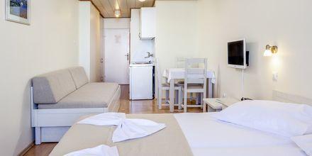 Yksiö, Hotelli Primordia, Podgora, Kroatia.
