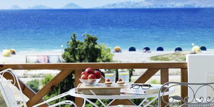 Kaunis näkymä hotelli Ramira Beachistä. Psalidi, Kos, Kreikka.