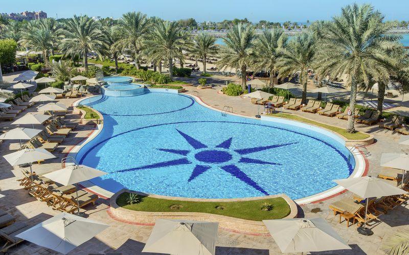 Hotelli Radisson Blu Hotel Resort Abu Dhabi Corniche. Abu Dhabi, Arabiemiraatit.