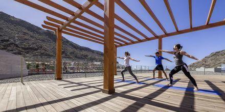 Joogaa, Hotelli Radisson Blu Resort & Spa Puerto Mogan, Gran Canaria.