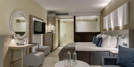 Kahden hengen huone, Hotelli Radisson Blu Resort & Spa Puerto Mogan, Gran Canaria.