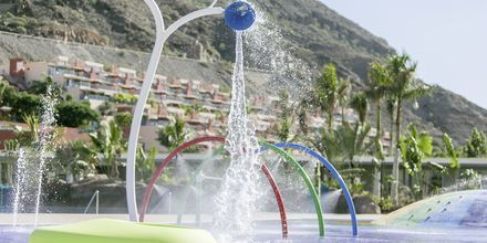 Lastenallas, Hotelli Radisson Blu Resort & Spa Puerto Mogan, Gran Canaria.