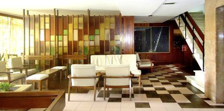 Vastaanotto, hotelli Residencial Greco. Funchal, Madeira.