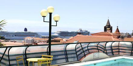 Allas katolla, hotelli Residencial Greco. Funchal, Madeira.
